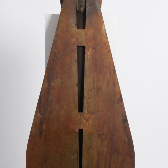 Bronze and iron sculpture by Hugo Galerie artist Jesús Curiá.