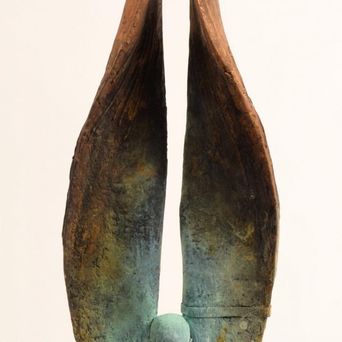 """""""Helicoide II/3"""", bronze, 9"""" x 26¼"""" x 4¾"""" (23 x 67 x 12cm)"""